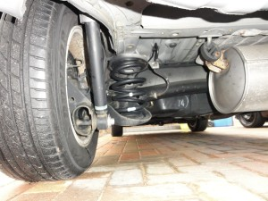 Toyota Noah rear suspension