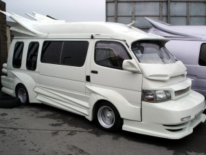 Picture of a white bosozoku style Toyota Hiace van