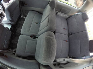 Picture of 2nd and 3rd row seats in a 2004 Toyota Noah