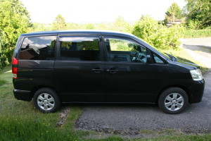 View of the right hand side of a Toyota Noah