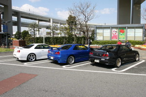Picture of Nissan Skyline GT-R R33 and R34 at Daikoku Futo