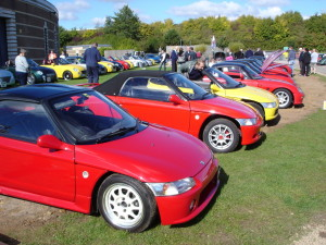 Picture of several Honda Beat kei cars