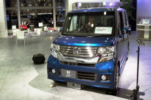 Picture of one of Honda's popular kei cars, the Honda N-Box Custom