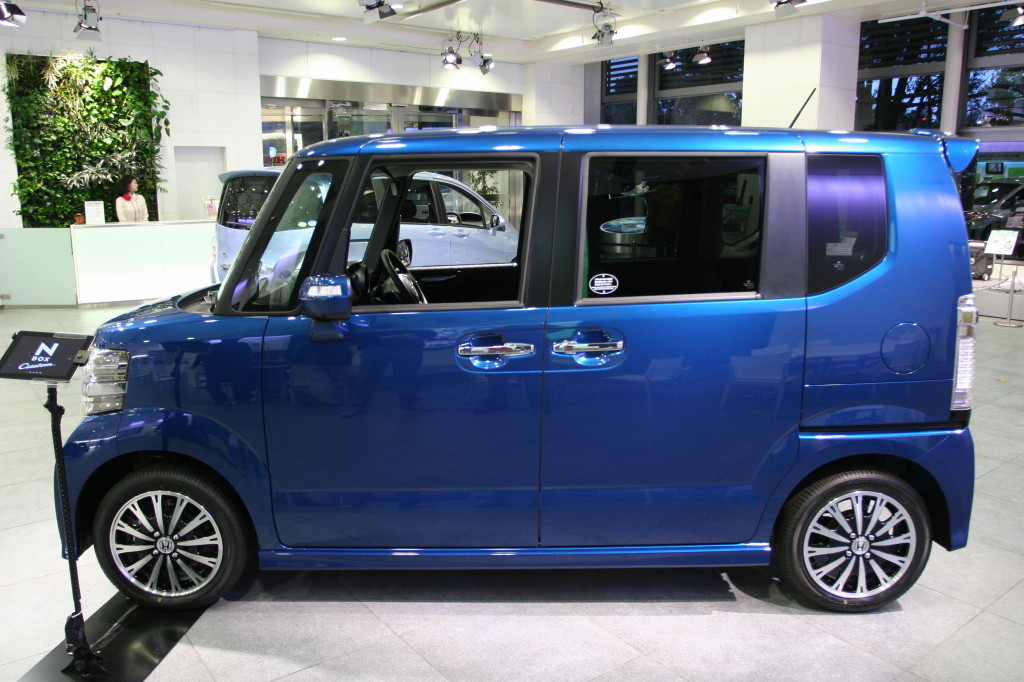 kei cars small cars from japan andrew 39 s japanese cars. Black Bedroom Furniture Sets. Home Design Ideas