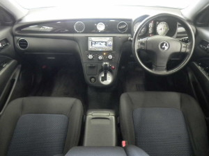 Picture of the interior of a Mitsubishi Airtrek Turbo R