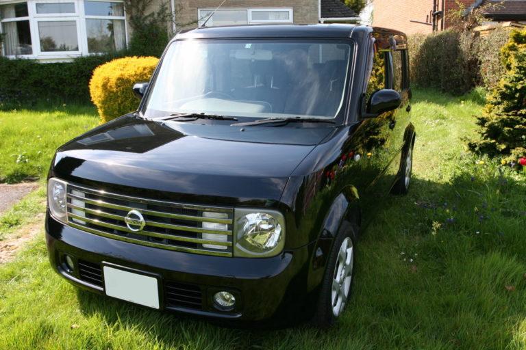Nissan Cubic front left picture