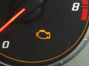 Picture of engine management light on Honda CR-V