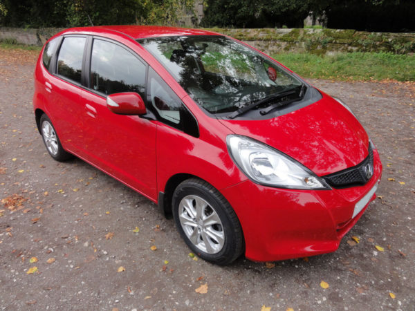 Picture of Honda Jazz for sale front right quarter