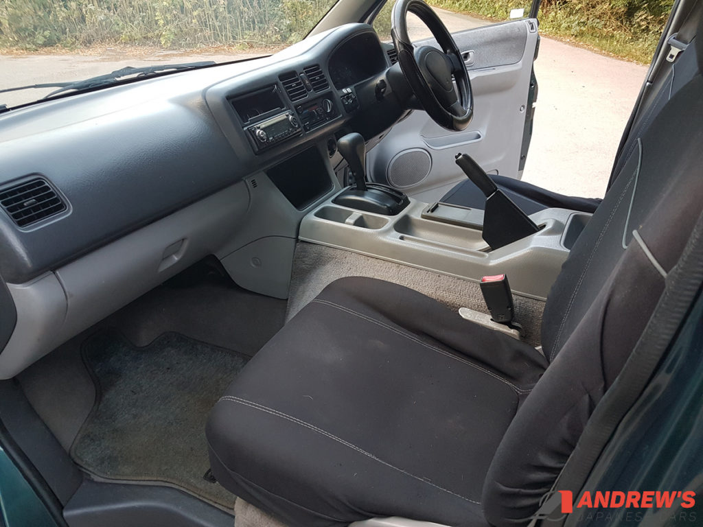 Picture of passenger seat of Mazda Bongo auto free top 2.5 TD for sale