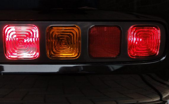 Picture of a rear fog light on a Nissan Cubic