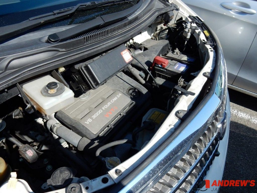 Picture of a Toyota 1MZ-FE engine in a Toyota Alphard, which is OK to run on E10